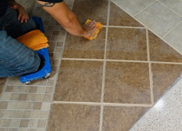 Tile & Grout Cleaning / Sealing